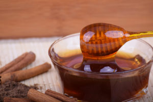 4 rimedi naturali per combattere il mal di gola