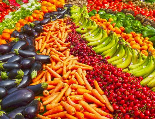 Frutta e Verdura: Colori e Proprietà benefiche